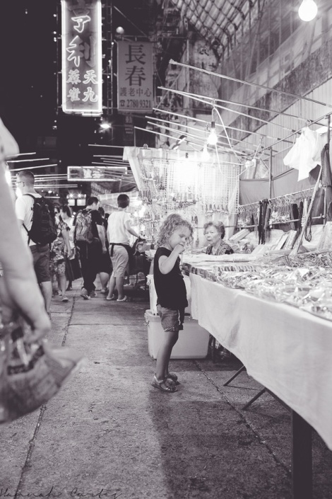 Eden shopping at Temple Street Night Market