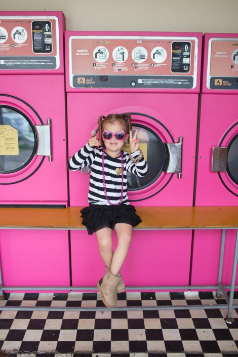 Fun Flying Four Pink Laundromat Okinawa  (5 of 19)