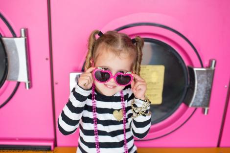 Fun Flying Four Pink Laundromat Okinawa  (6 of 19)