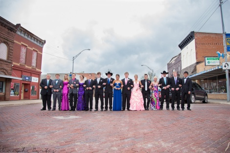 the seniors lined up on the main street of Oakland (our nephew is the second from the right
