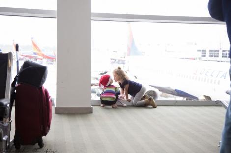 kisses at SeaTac Airport, 2015