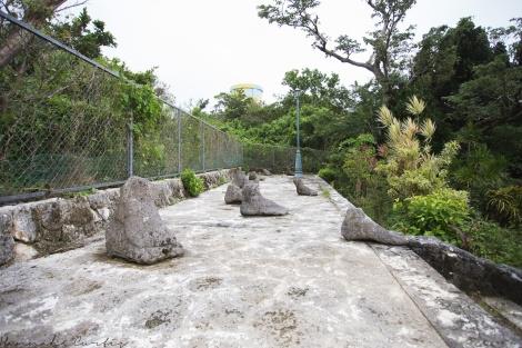 sculptures of feet!