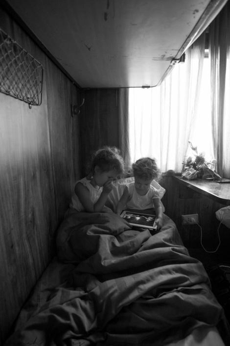day 154 | waking up on the sleeper train from Hanoi - Hue, Vietnam