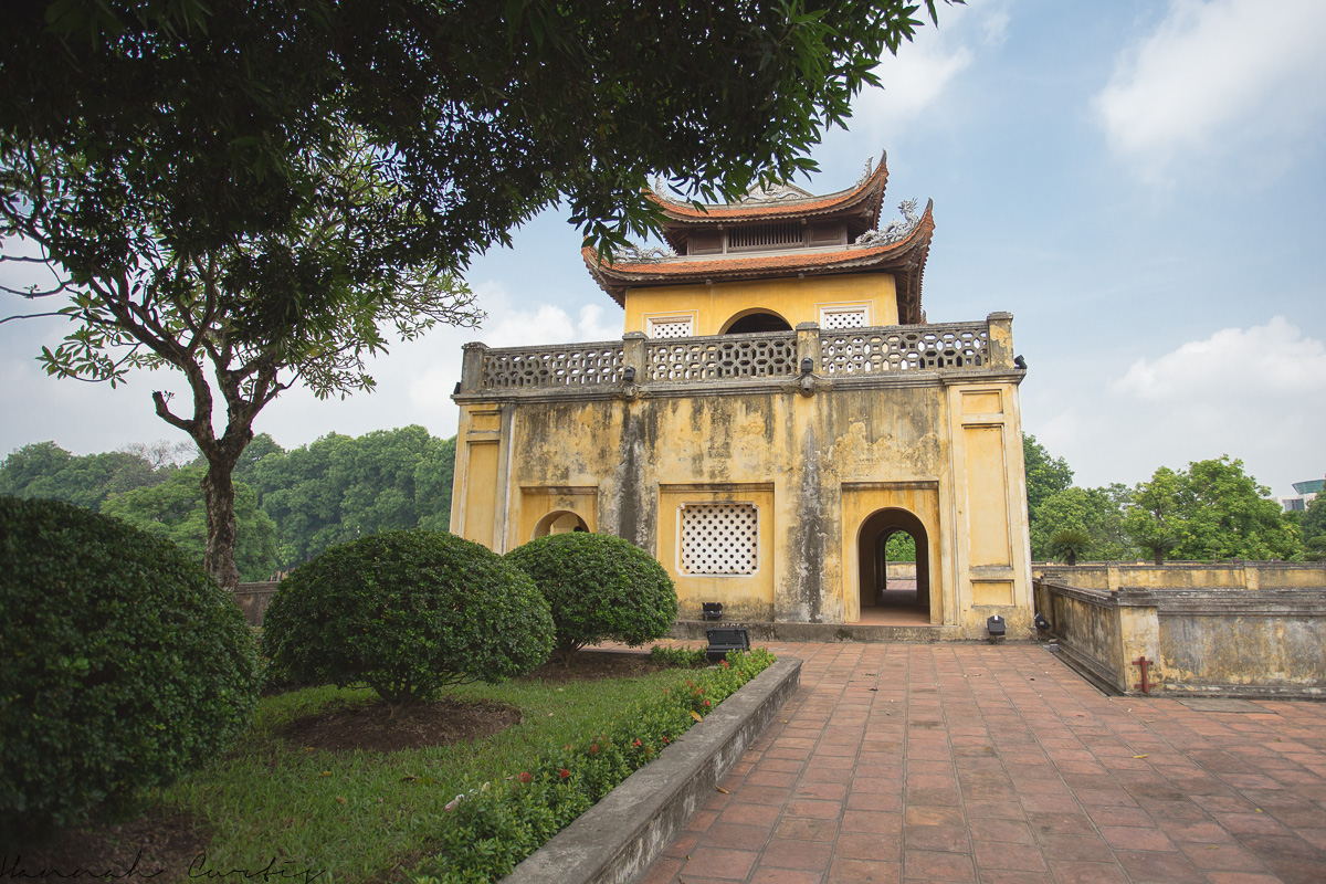 48 hours in hanoi with kids part two fun flying four for Appart hotel hanoi