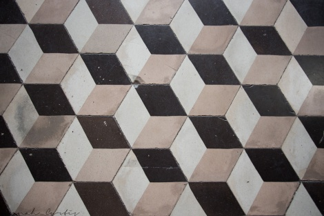 patterns! (tiled floor at Notre Dame Cathedral)